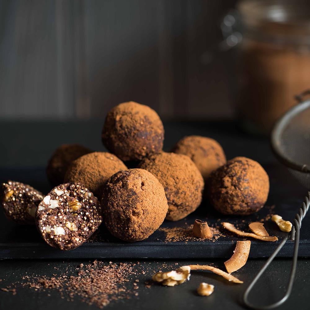 Truffes-au-quinoa-et-noix-de-cajou_compressed