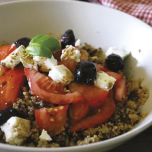Mediterranean Quinoa Express salad_750